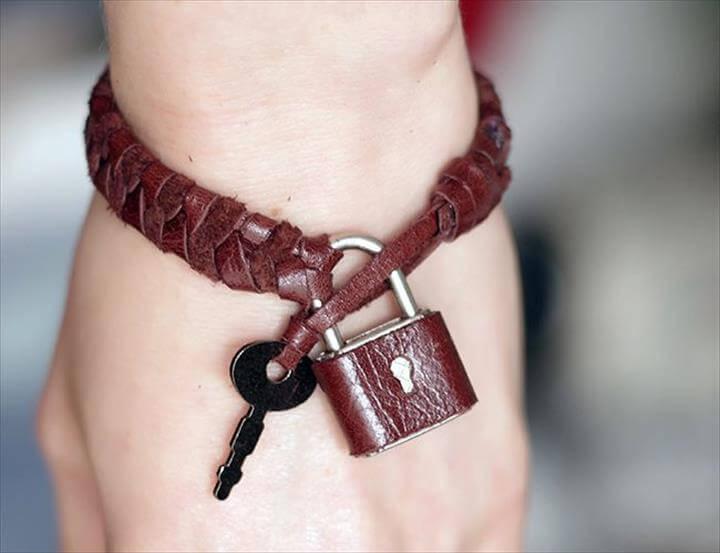 DIY padlock and key bracelet