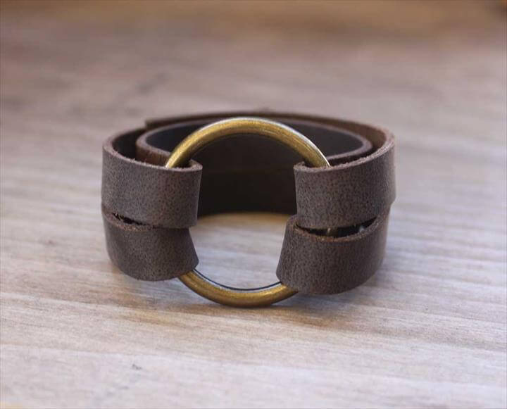 Leather ring bracelet