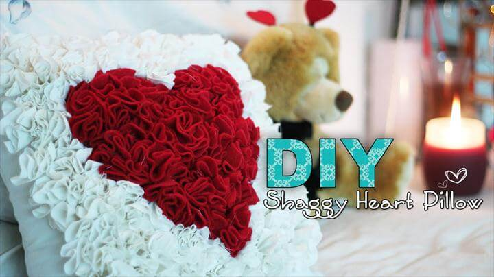 38 Cute & Easy DIY Valentine-day Pillow Ideas