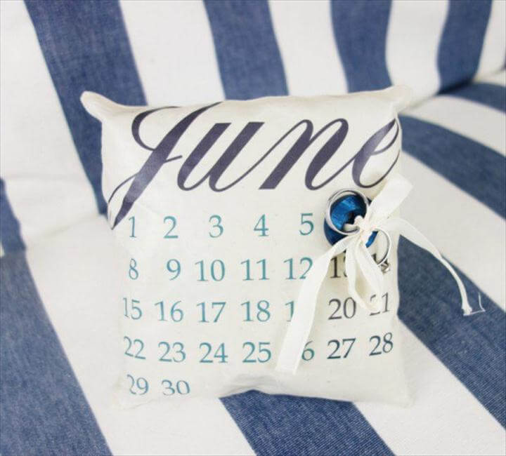 diy calender ring pillow