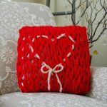 DIY Arm Knit Valentine's Day Pillow