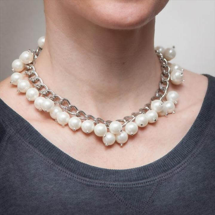 PEARL AND CHAIN HANDMADE NECKLACE