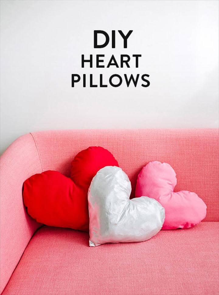 three heart valentine day pillows