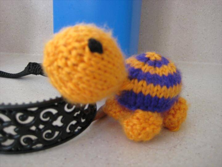 Easy Knitting Projects For Beginners