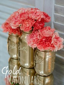 12 Lovely Super Thrifty DIY Gold Project