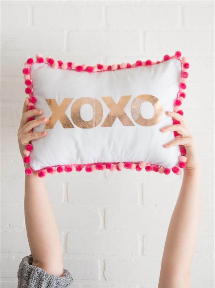 XOXO Pillow for Valentine's Day