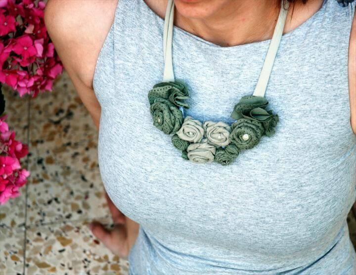 diy flower necklace