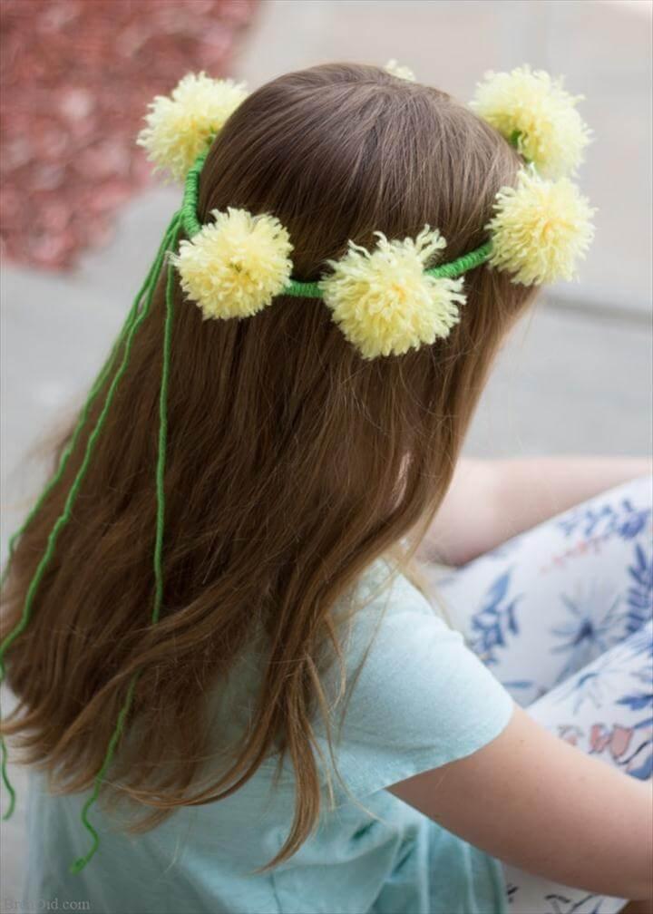 DIY tassel flowers crown with yarn