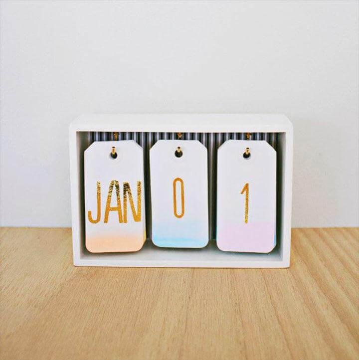 ombre calendar