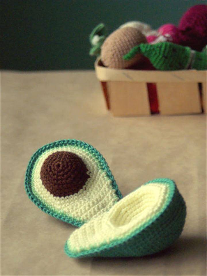 crochet avocado pattern