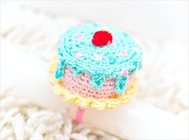 Mini Crochet Cake Ring