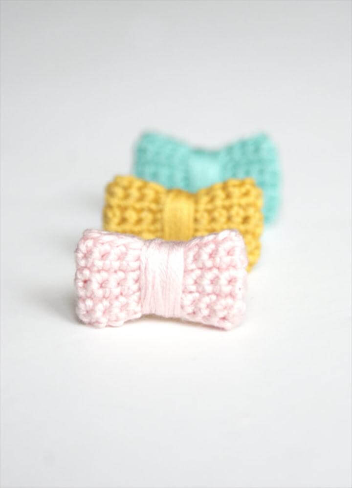 Crochet bow ring