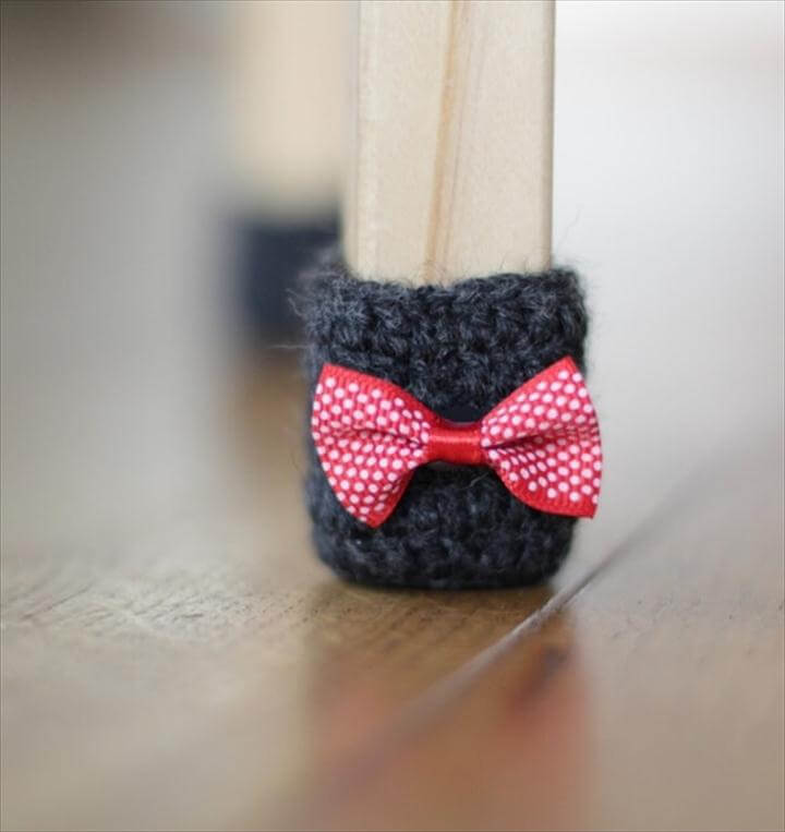 Crochet Socks in One Color and Then Add Contrasting Ribbon Bows