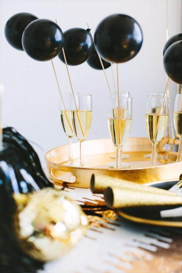 beautiful decorations with balloons for new years eve