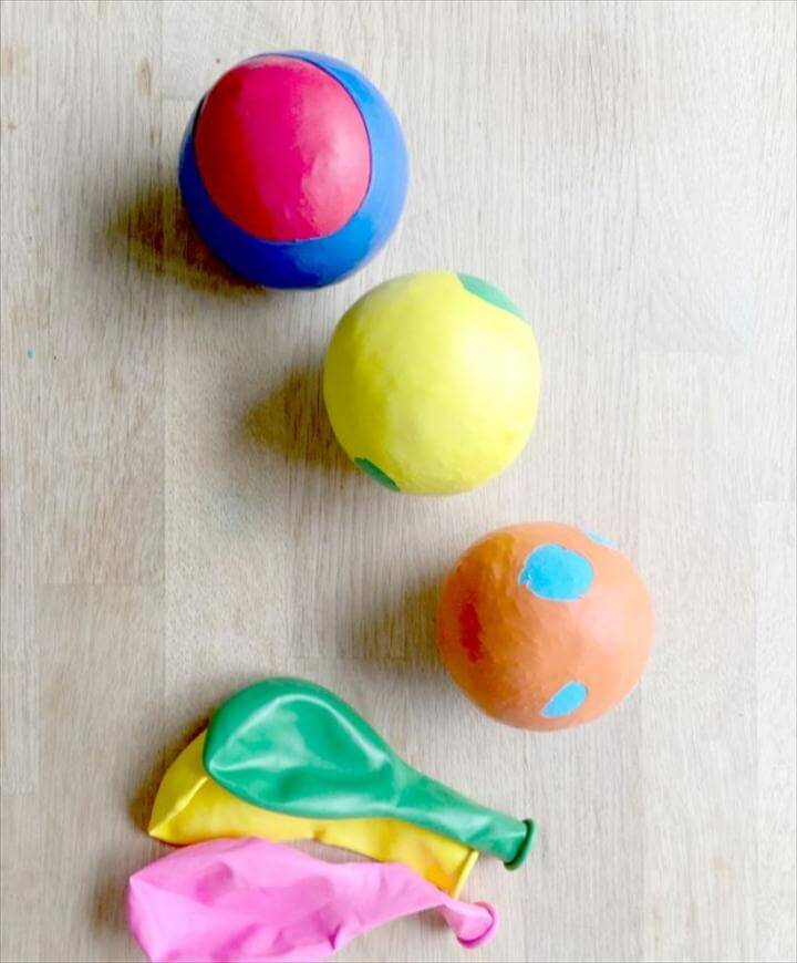 Balloon Juggling Balls or Stress Balls - a super fun an easy craft