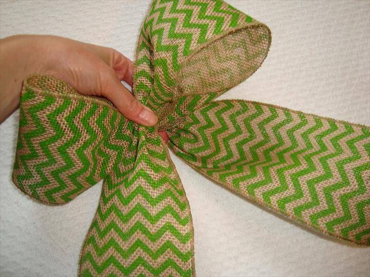 Bow with Burlap