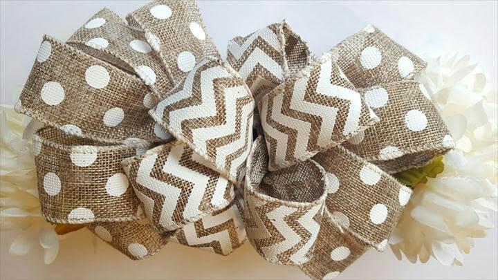 burlap bow idea
