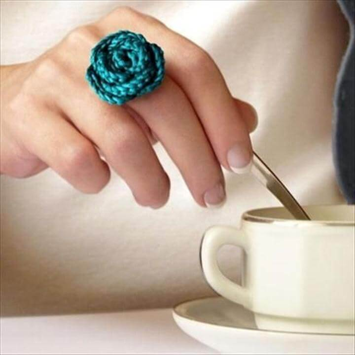 simple crochet flower ring