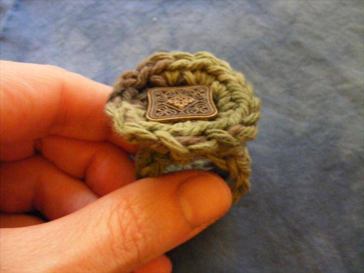 Crocheted rings.
