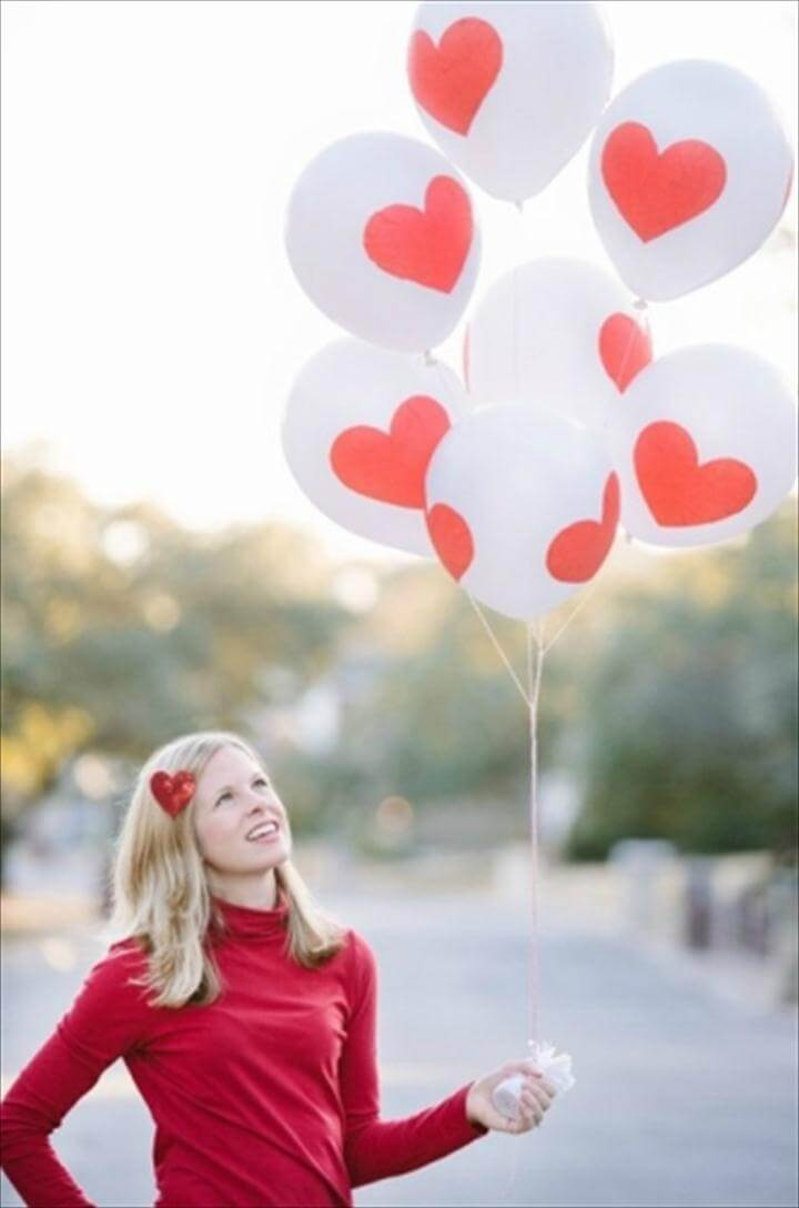 easy Valentine's Day balloon idea