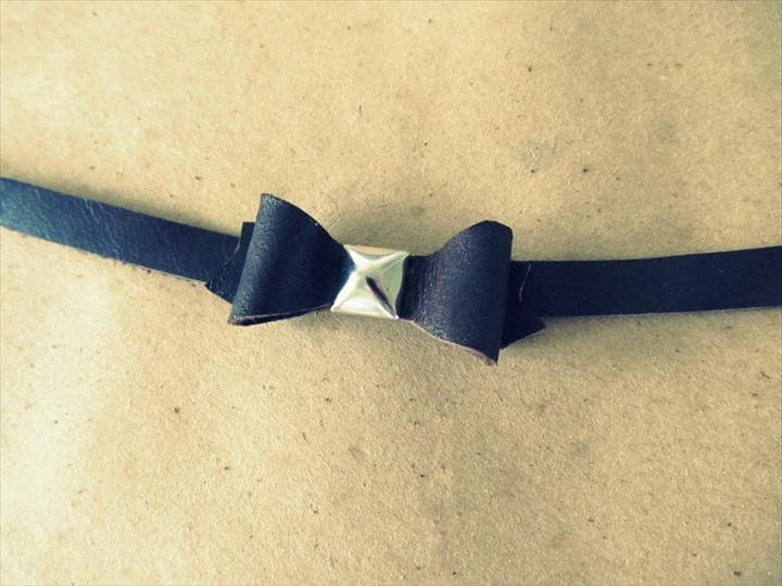 Leather Bow Bracelet, DIY