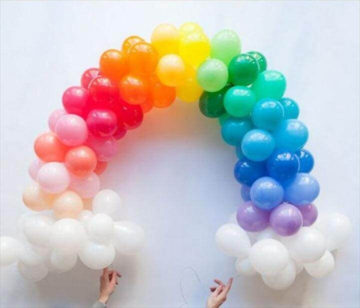 DIY Mini Rainbow Balloon Arch