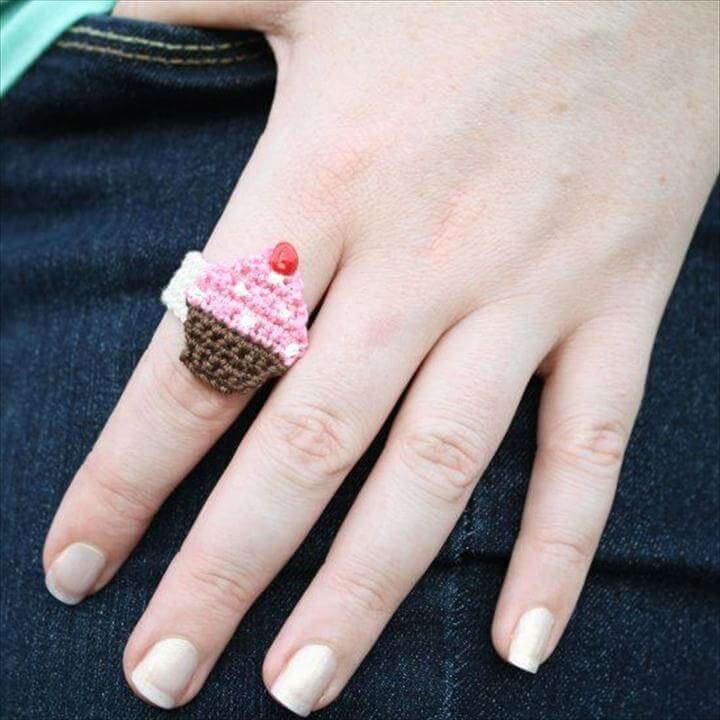 Chrissy Cupcake Ring