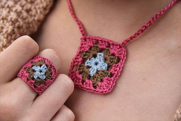 stylish crochet ring and necklace