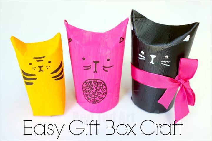 Cat TP Roll Gift Boxes. A super cute upcycled project come gift wrap idea.