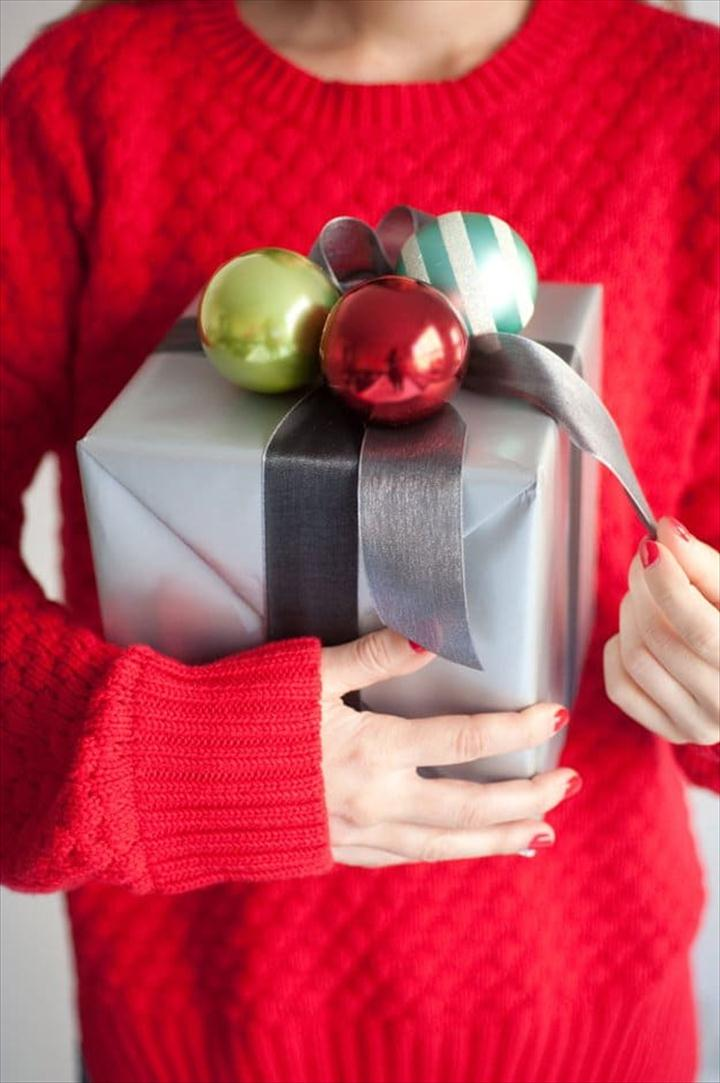 Christmas Balls, DIY Gift Wrapping Ideas, Exciting Gift Wrapping Ideas this Holiday Season