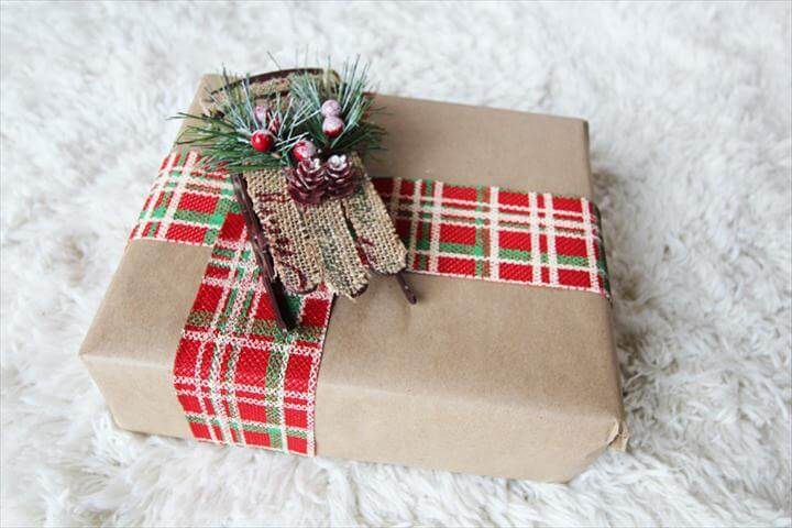 DIY Gift Wrapping Ideas for the Holiday