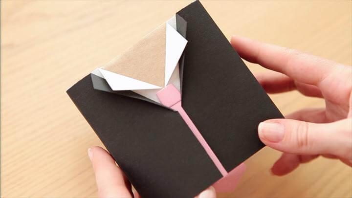 DIY Gift Wrap Idea for Men