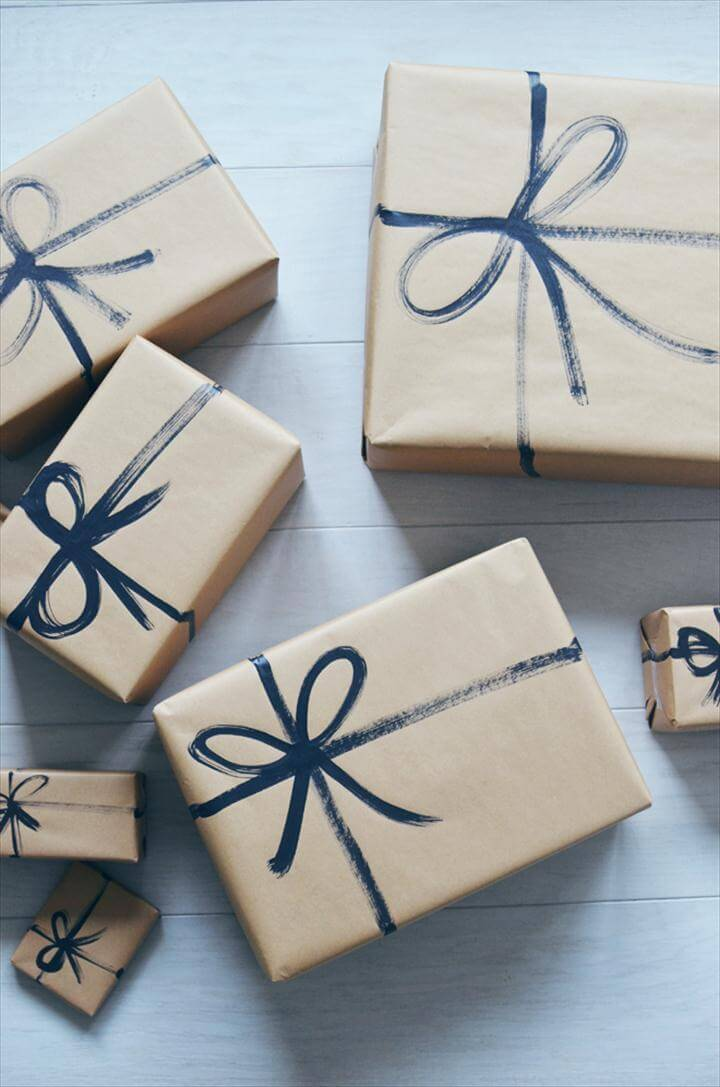 Exclusive DIY Gift Wrapping Ideas You Won't Find In A Store