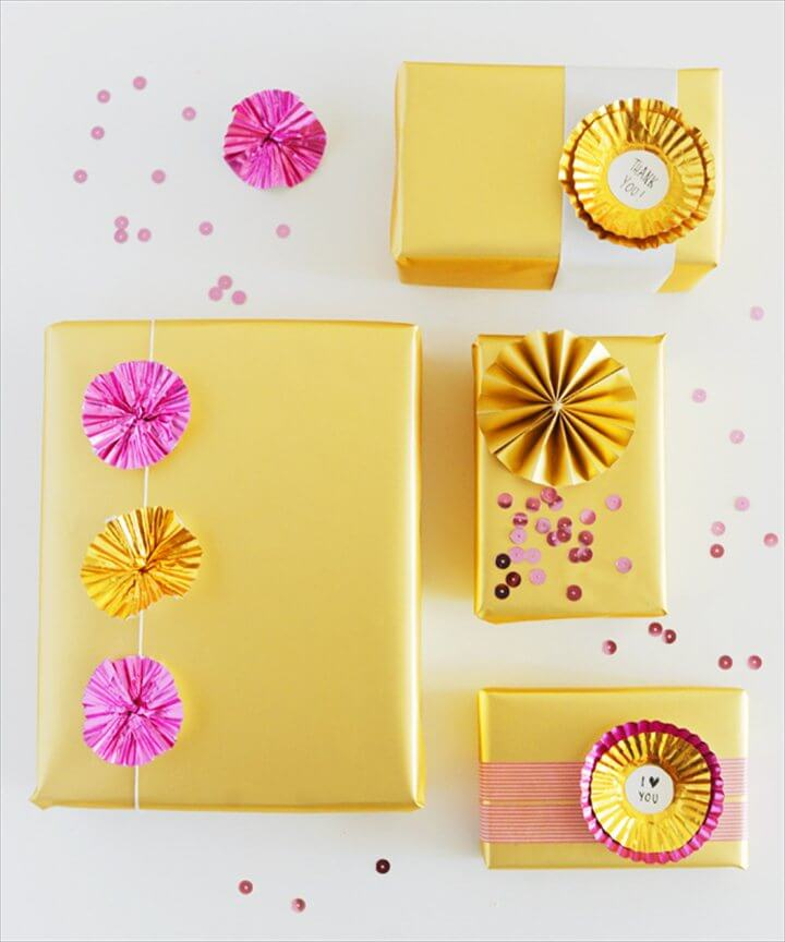 DIY Holiday Gift Wrap Ideas via Oh So Beautiful Paper