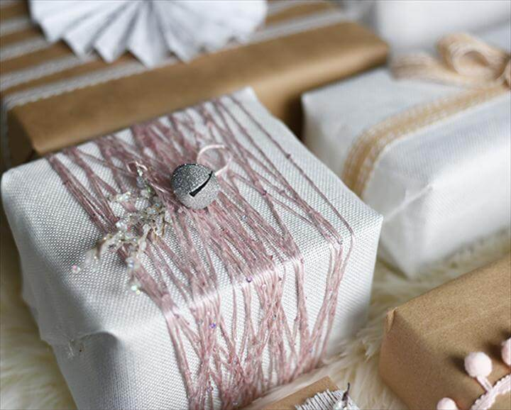 Shabby Chic Christmas Present Wrapping Ideas - Vintage inspired, pink, kraft, white linen