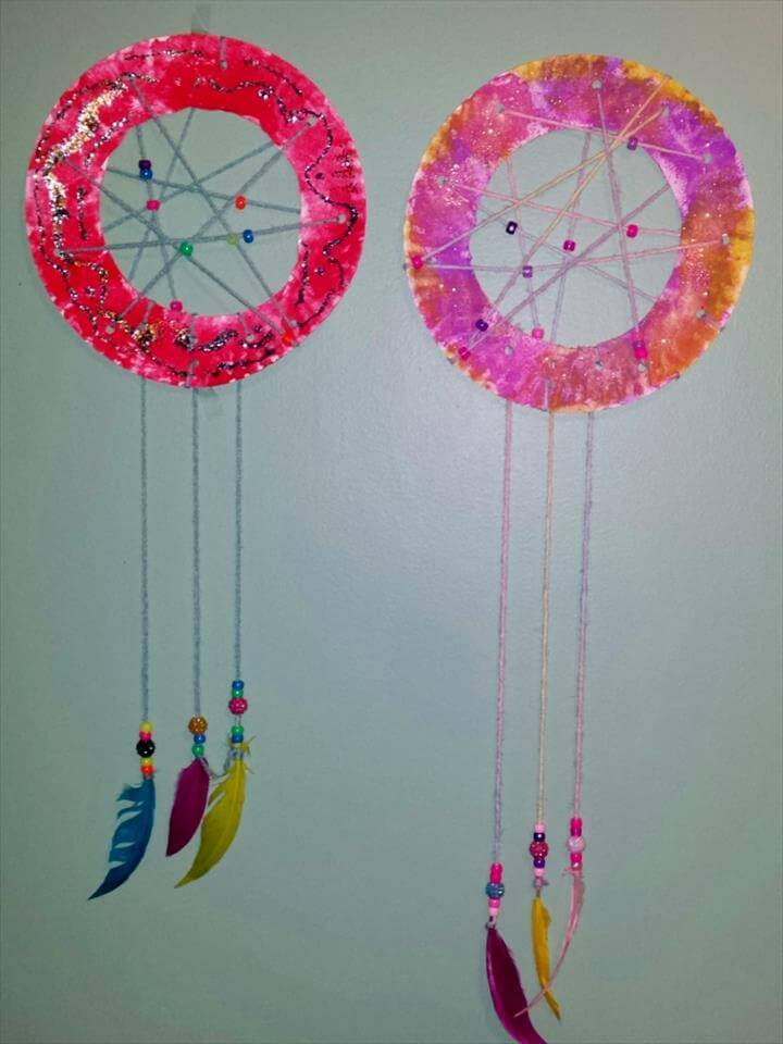 Easy DIY Kid's Dream Catcher