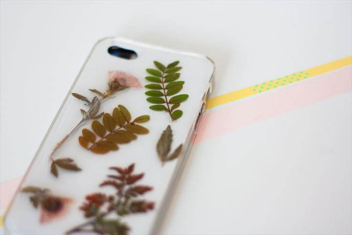 DIY Botanical iPhone Cover
