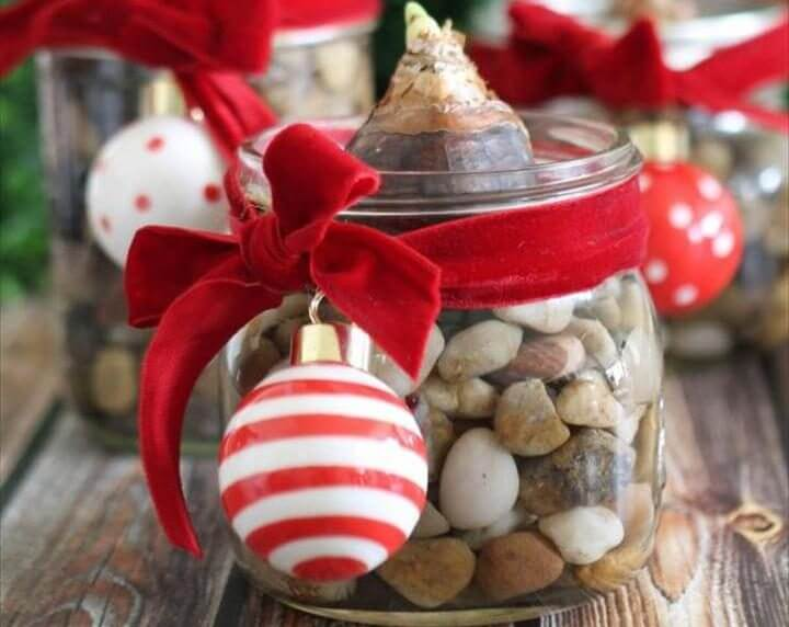 Top 10 DIY Mason Jar Gift's For Everyone