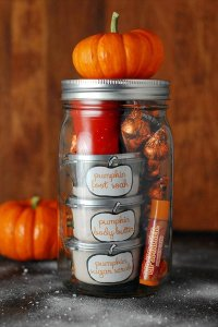 Cute Mother's Day Gifts in Mason Jars - Best Mother's Day Gift Ideas