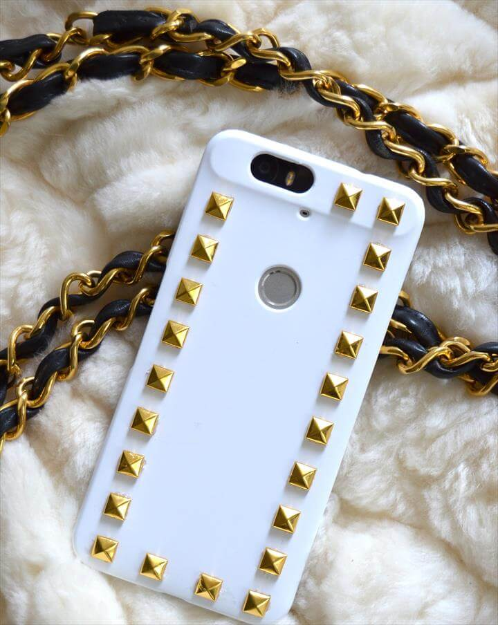 DIY Rockstud Phone Cover: