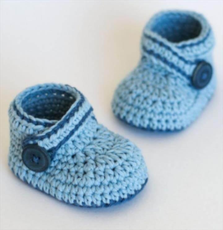 baby booties, crochet booties