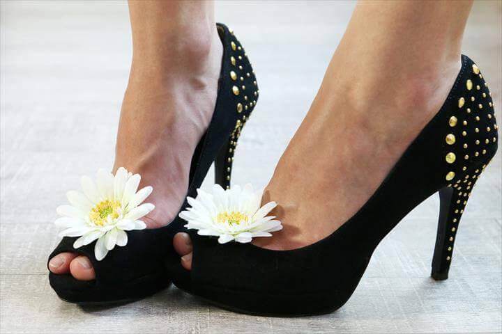 flower bow shoe clip