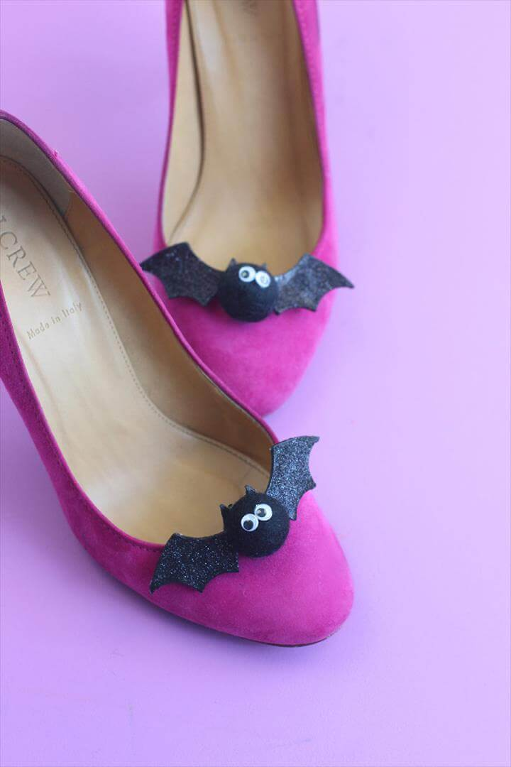 DIY Bat Shoe Clips