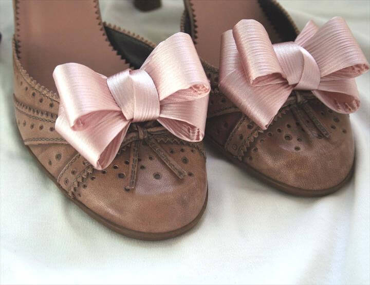 Diy Bow Shoe Clips Crafthubs