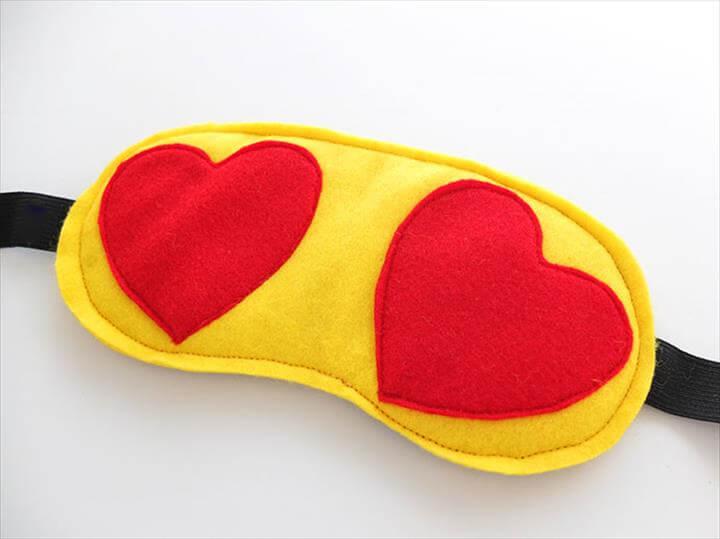 DIY travel sleep eye mask - heart eyes emoji -