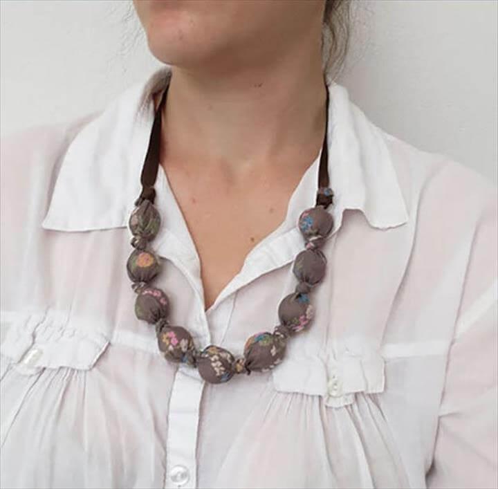 Easy DIY Fabric Necklace