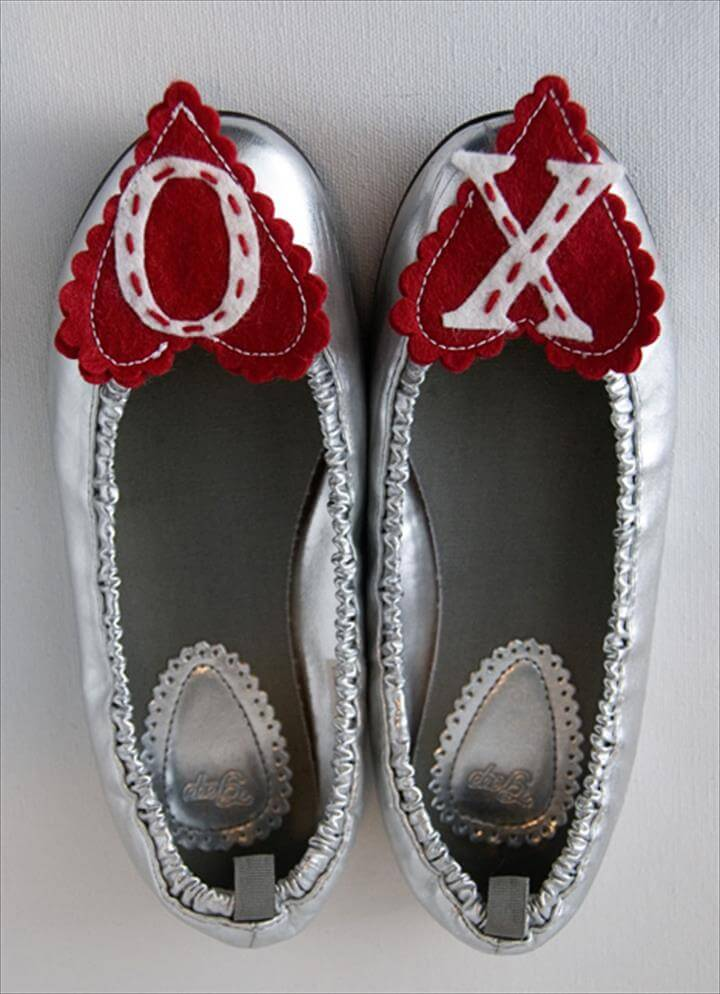 DIY Heart Shoe Clips