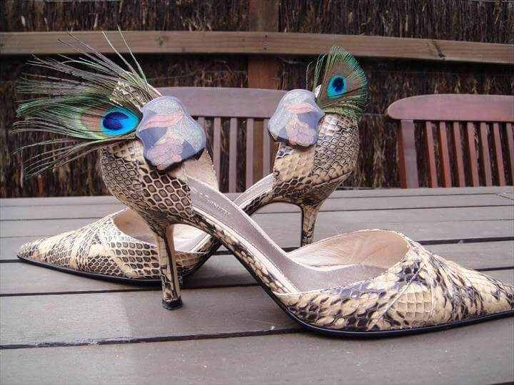 DIY Peacock feather shoe clips