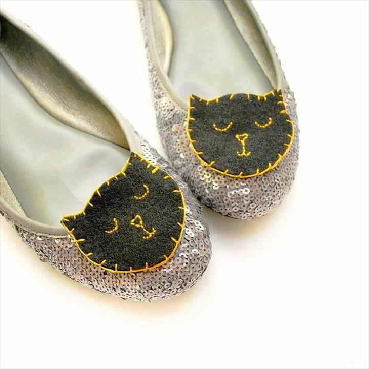 Easy DIY Black Cat Shoe Clips