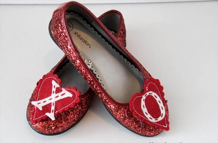Lovey Dovey Day Shoe Clips